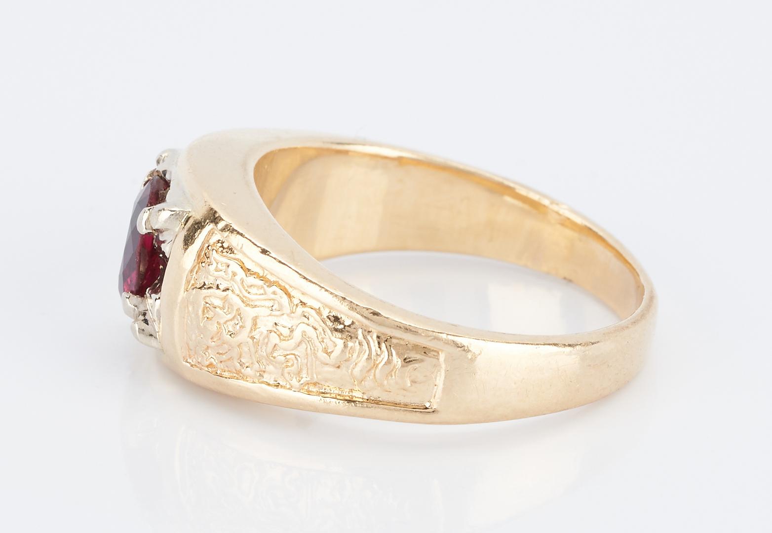 Lot 488: Men's 14K Ruby Ring