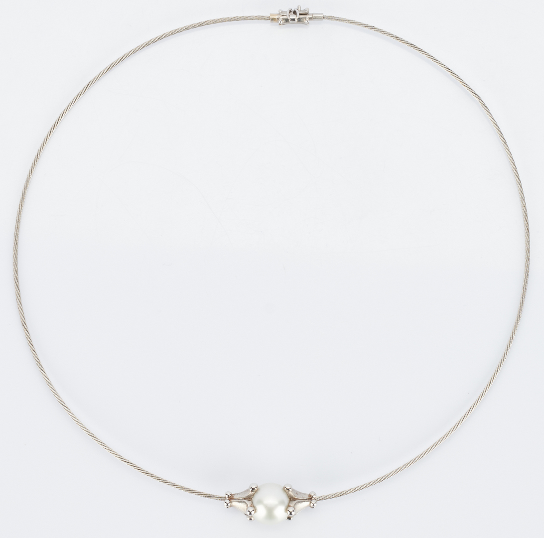 Lot 494: 18K Morelli Necklace with Tahitian Pearl
