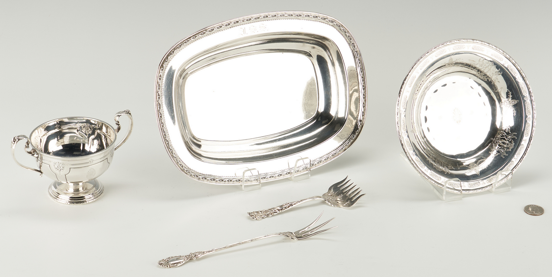 Lot 521: 5 Sterling Silver Serving & Flatware Items