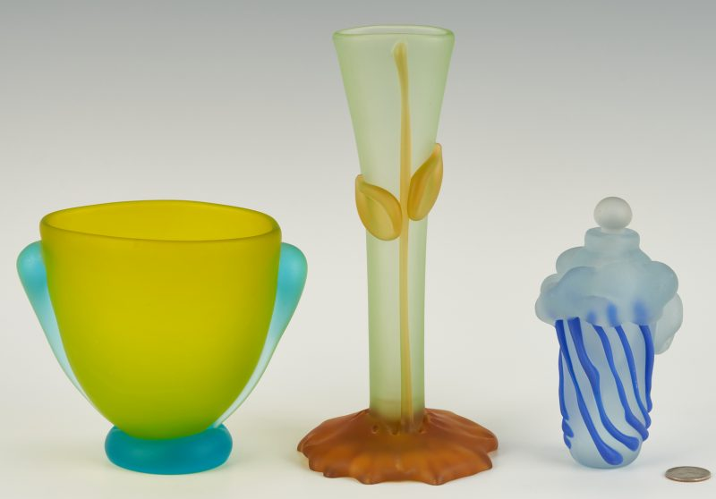 Lot 546: 3 Art Glass Pcs., incl. Richard Jolley, Tommie Rush