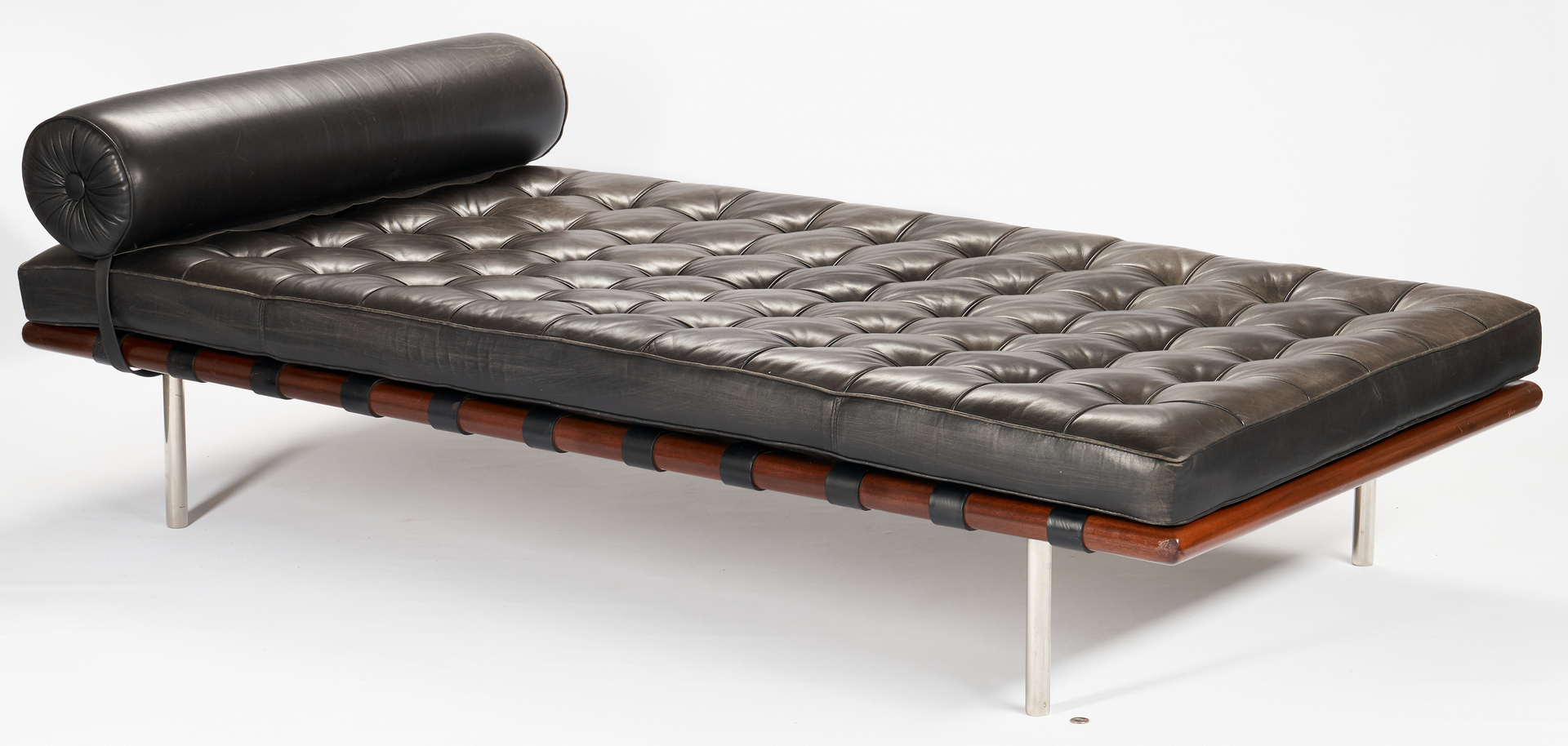 Lot 592: Knoll Barcelona Couch or Daybed