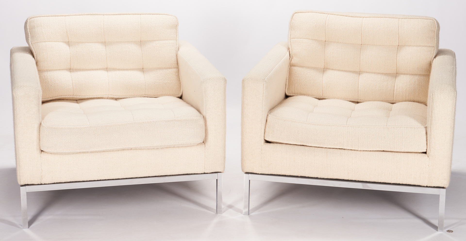 Lot 593: Pair Mid Century Knoll Parallel Bar System Lounge Chairs