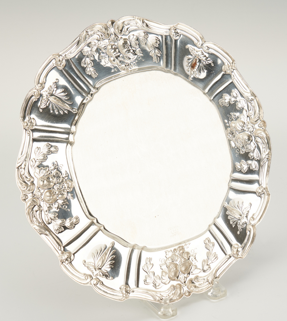 Lot 63: 6 Reed & Barton Francis 1 Sterling Service Plates