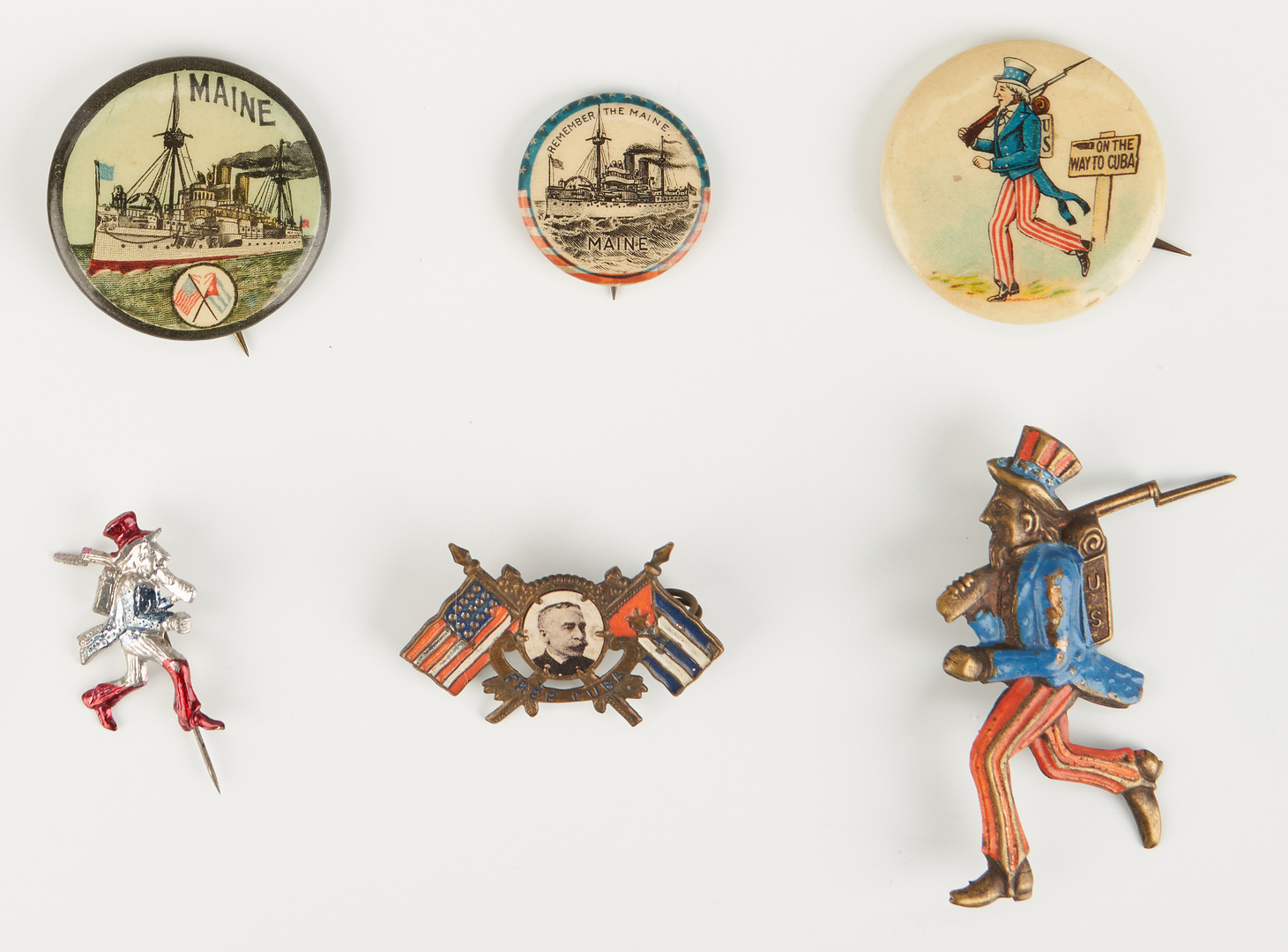 Lot 661: 19 Spanish-American War Ephemera Items, incl. Buttons