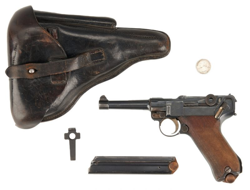 Lot 692: WWI 1917 German Erfurt Luger P08 w Holster
