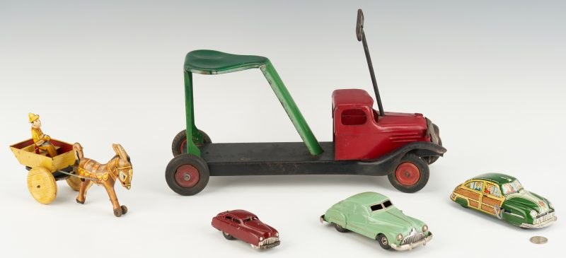 Lot 799: 5 Tin & Metal Toy Cars incl. Marx, Schuco, Wyandotte