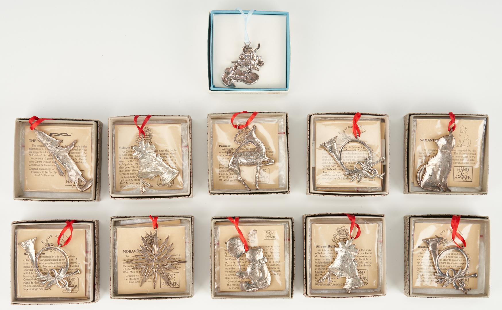 Lot 800: 20 Assorted Ornaments & Figurines, incl. Tiffany