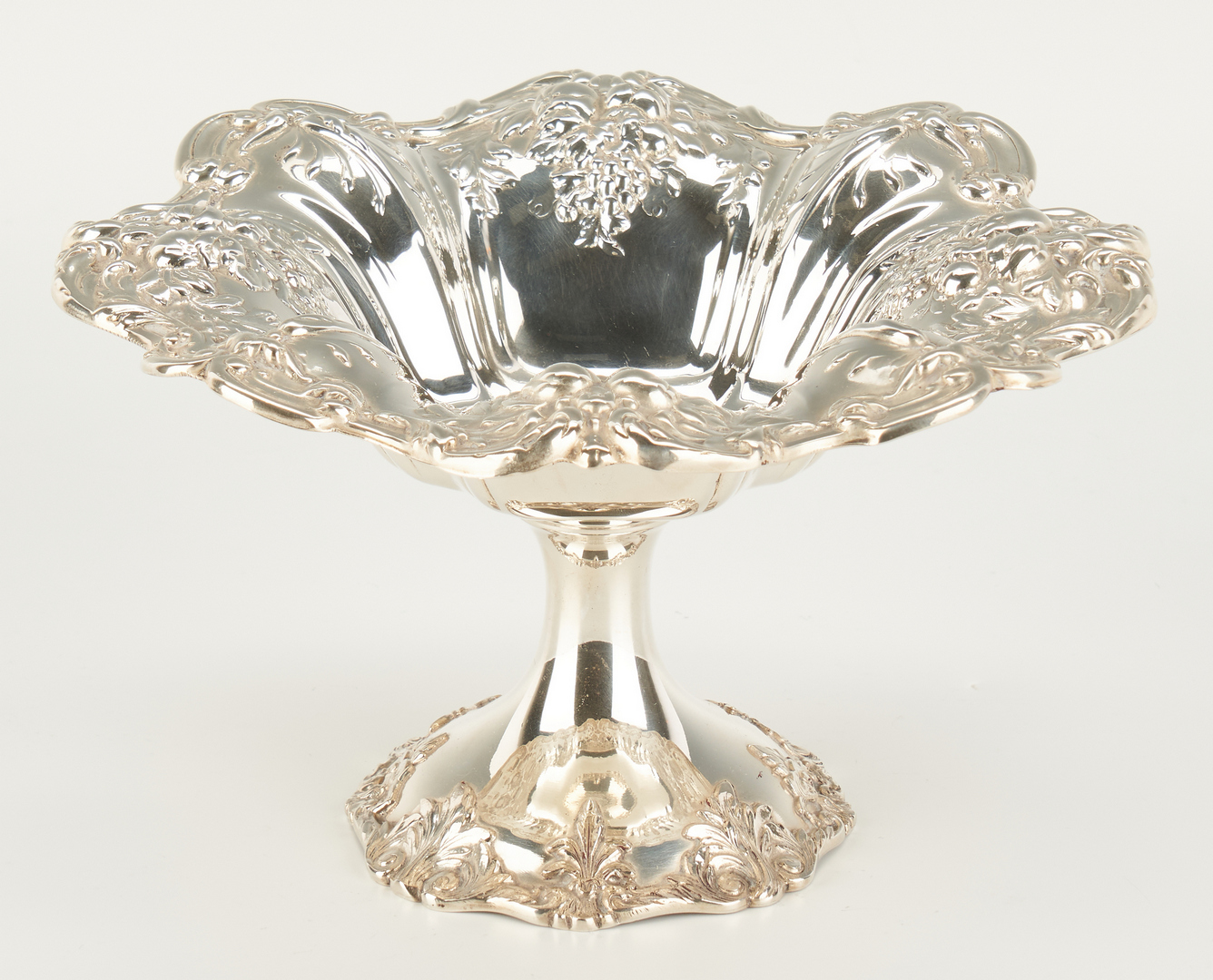 Lot 805: 3 Reed & Barton Francis I Sterling Compotes
