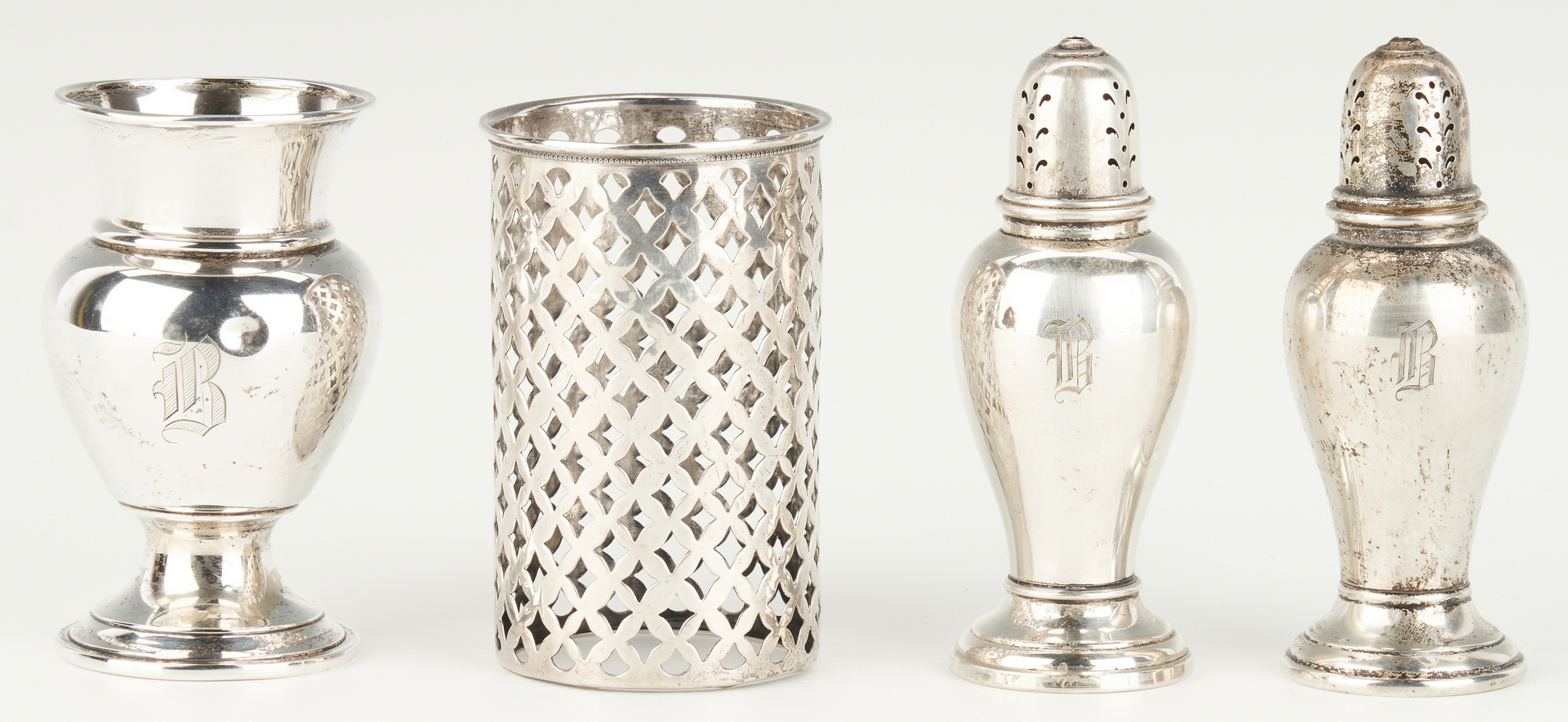 Lot 817: 20 Sterling Items inc. Rectangular Basket