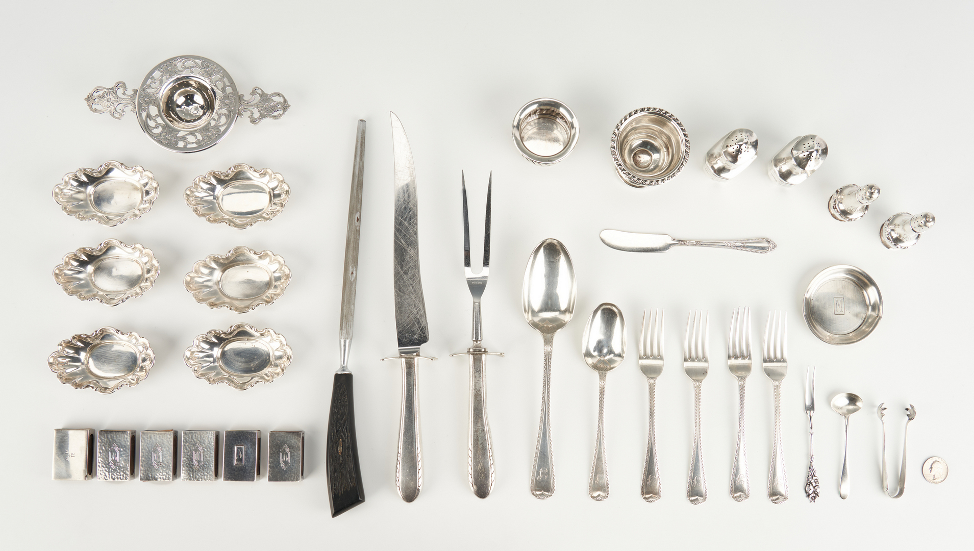 Lot 819: 32 Assorted Silver items inc. Nut Dishes, Matchbook Covers