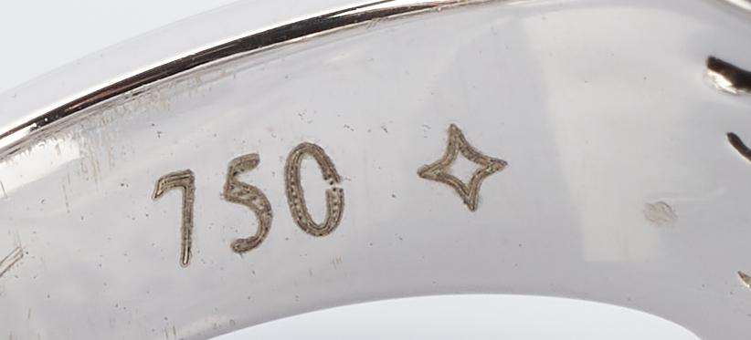 Lot 836: Charriol 18K Pearl and Diamond Ring