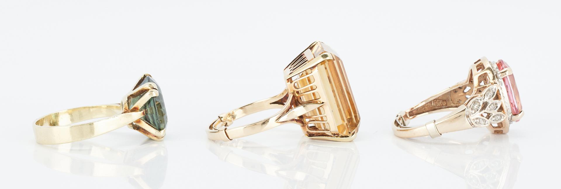 Lot 841: 3 Ladies Yellow Gold & Gemstone Rings