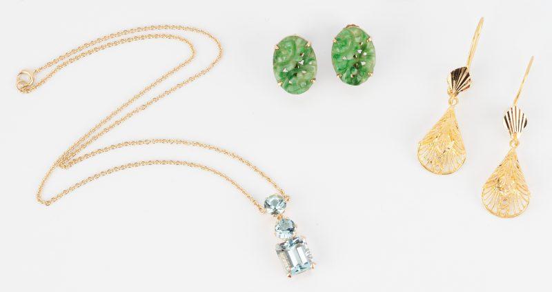 Lot 844: 3 Ladies Jewelry Items, incl. Jade & Aquamarine