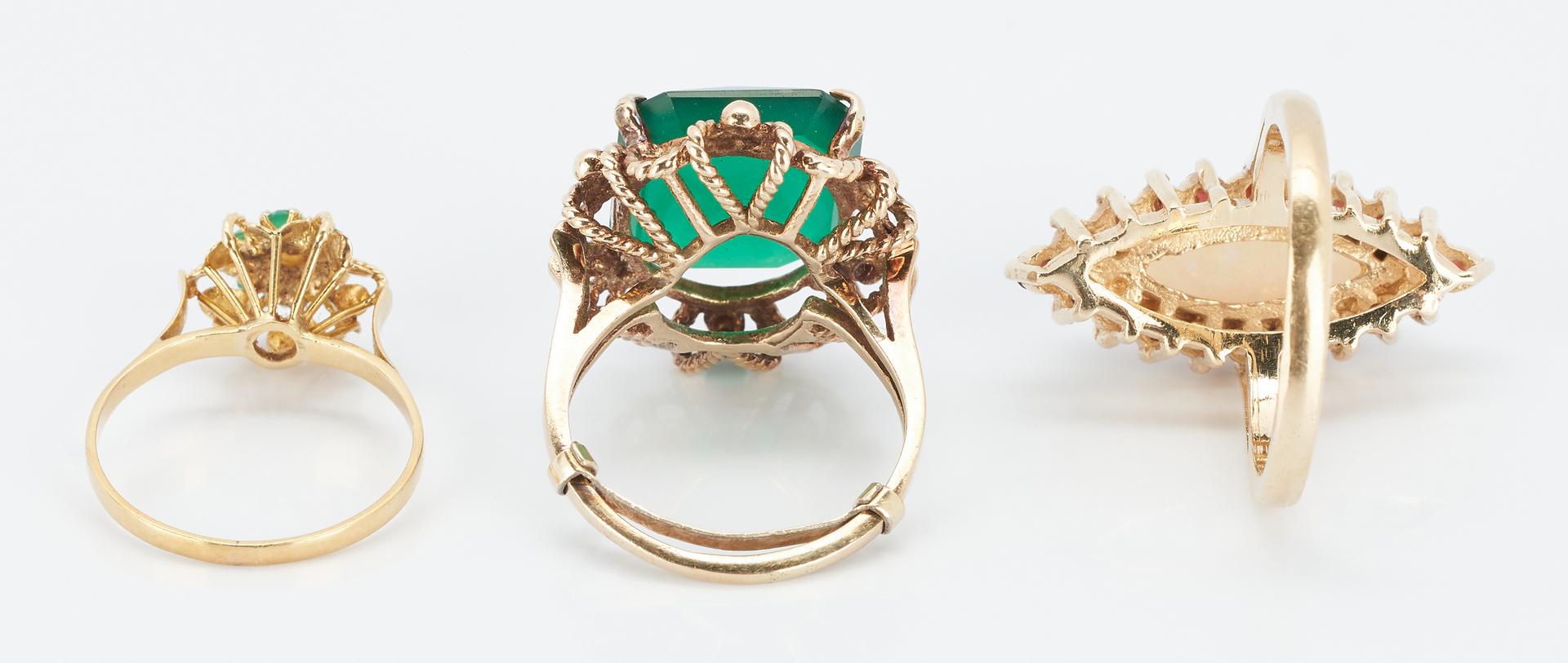 Lot 852: 5 Ladies Yellow Gold & Gemstone Rings