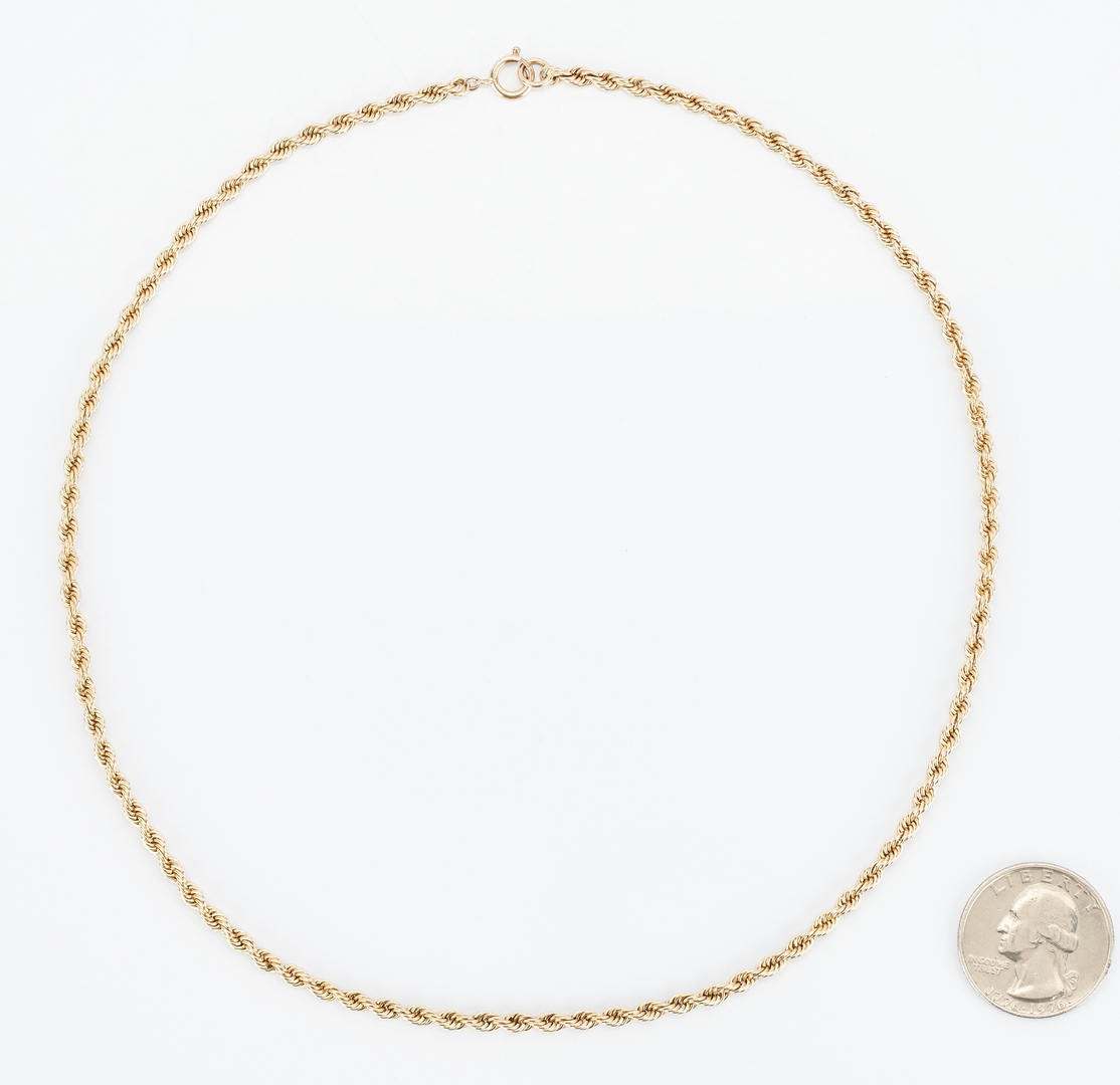 Lot 855: Ladies 14K Rope Chain Gold Necklace