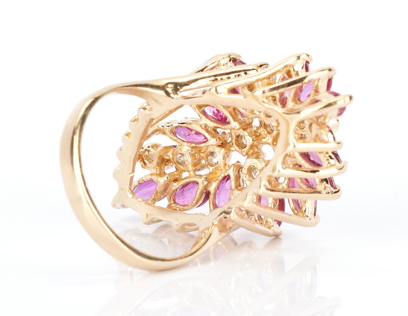 Lot 856: Ladies Ruby & Diamond Dinner Ring