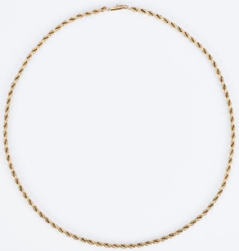 Lot 858: 10K Rope Chain Necklace