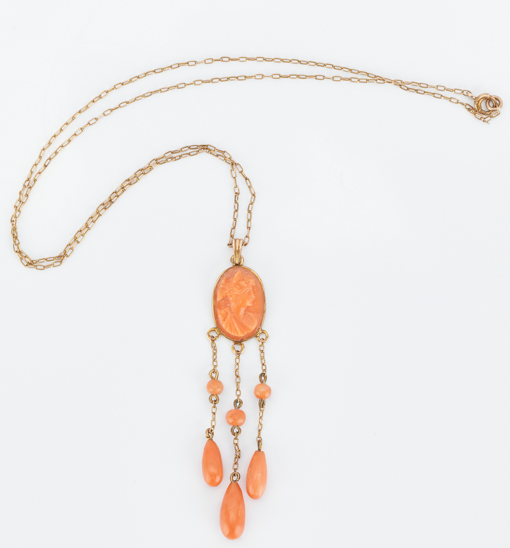 Lot 859: 3 Jewelry Items, incl. Gold, Cameo & Coral