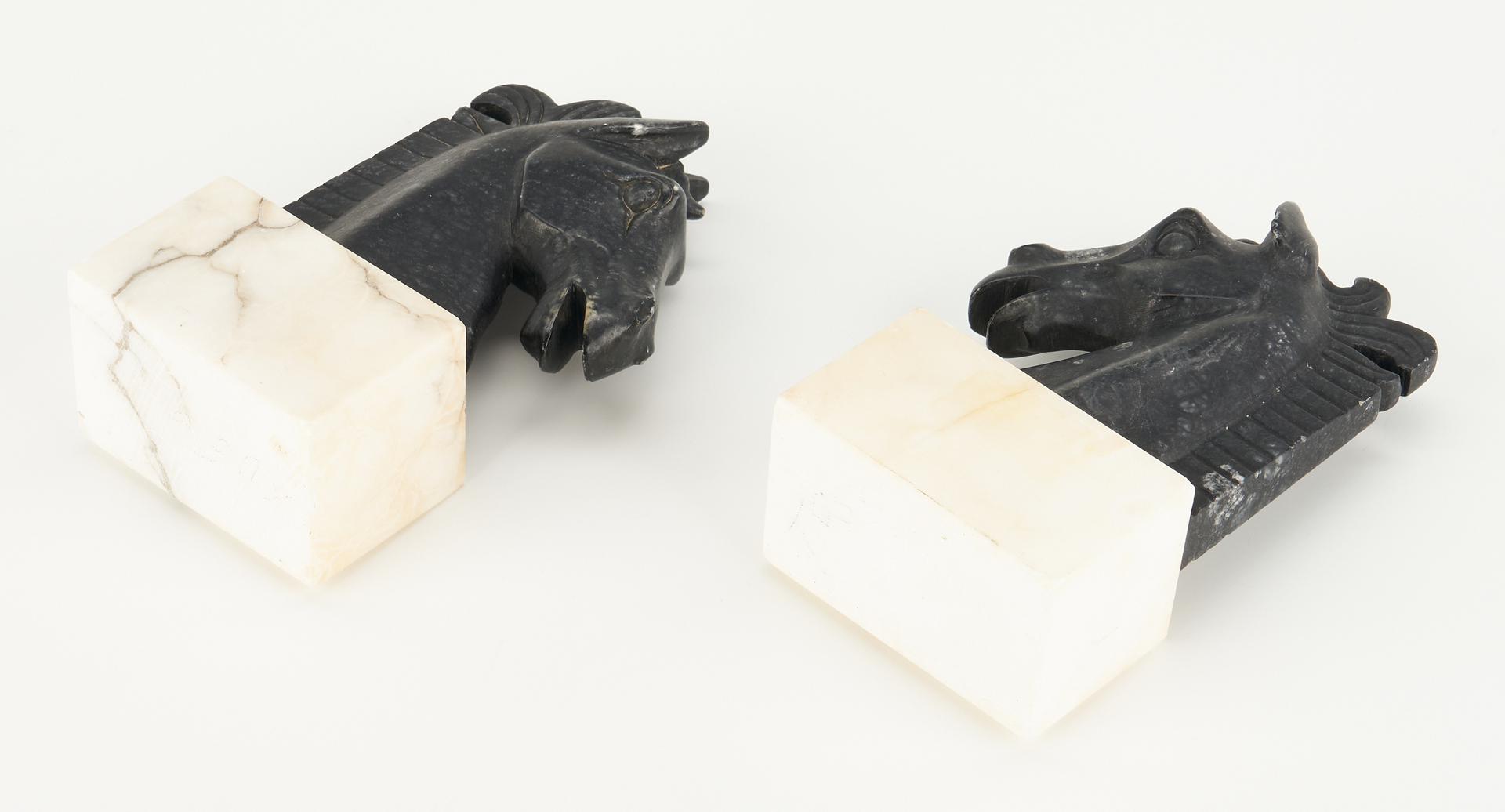 """Lot 871: 5 Bookends, incl. Tiffany, """"Thinker"""" and Art Deco Horse"""
