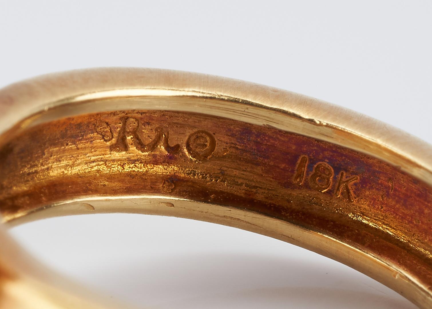 Lot 914: Ladies 18K Designer Pearl Ring