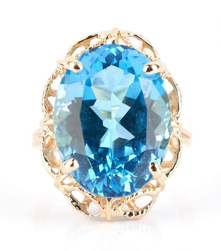 Lot 925: 14K Gold Blue Topaz Ring