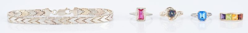 Lot 939: 4 Ladies Ring & 1 Sterling Bracelet