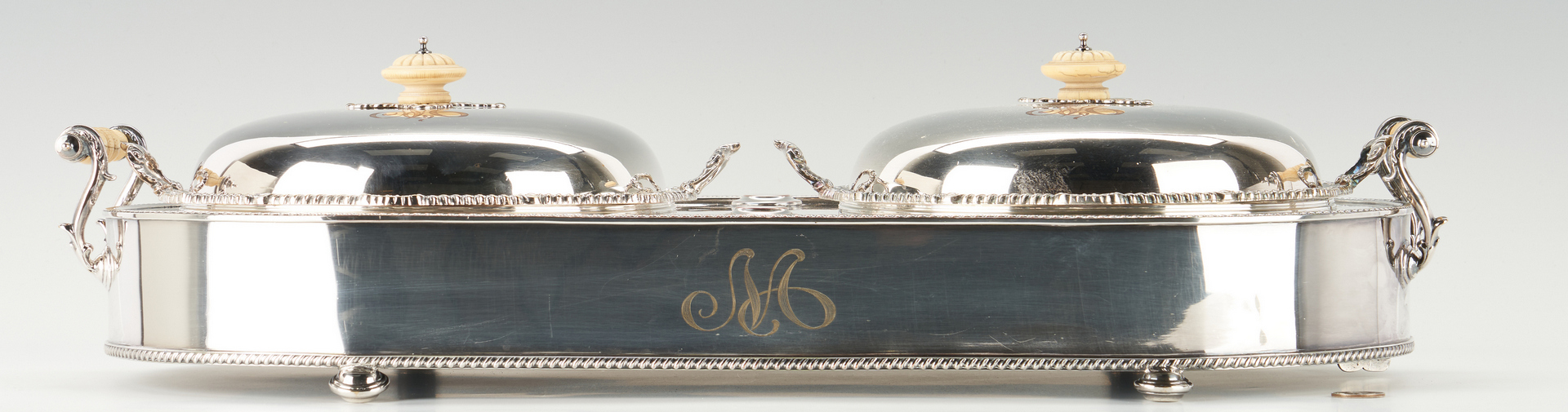 Lot 955: Double Supper Server or Entree Dish