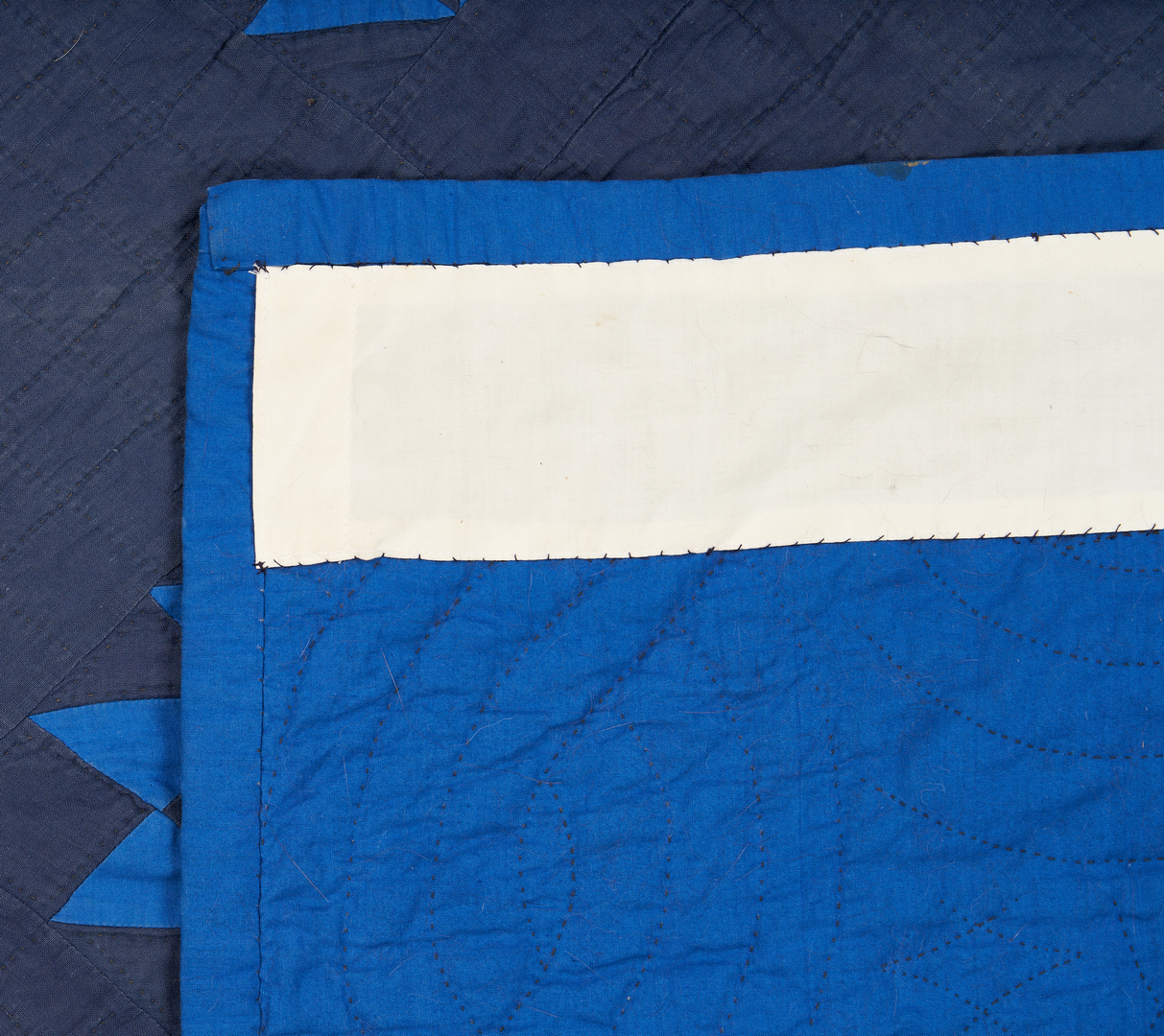 """Lot 1057: Amish Basket or """"Hands"""" Quilt, blue"""