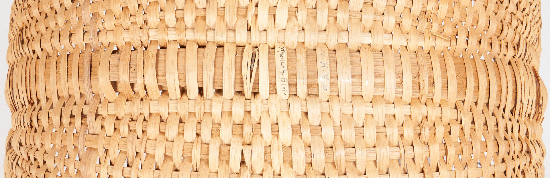 Lot 1061: Large Signed Southern Oak Buttocks Basket, Cannon County, TN