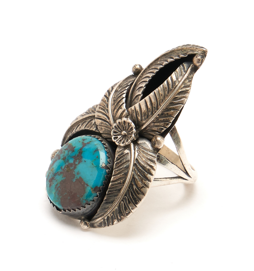 Lot 1087: 3 Native American Turquoise & Silver Jewelry Items, Leaf Design