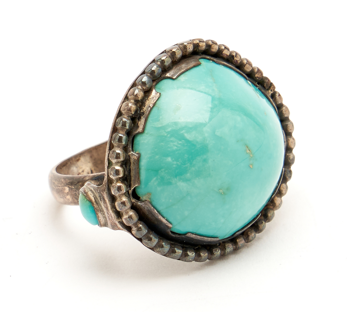 Lot 1098: 4 Native American Silver & Turquoise Jewelry Items