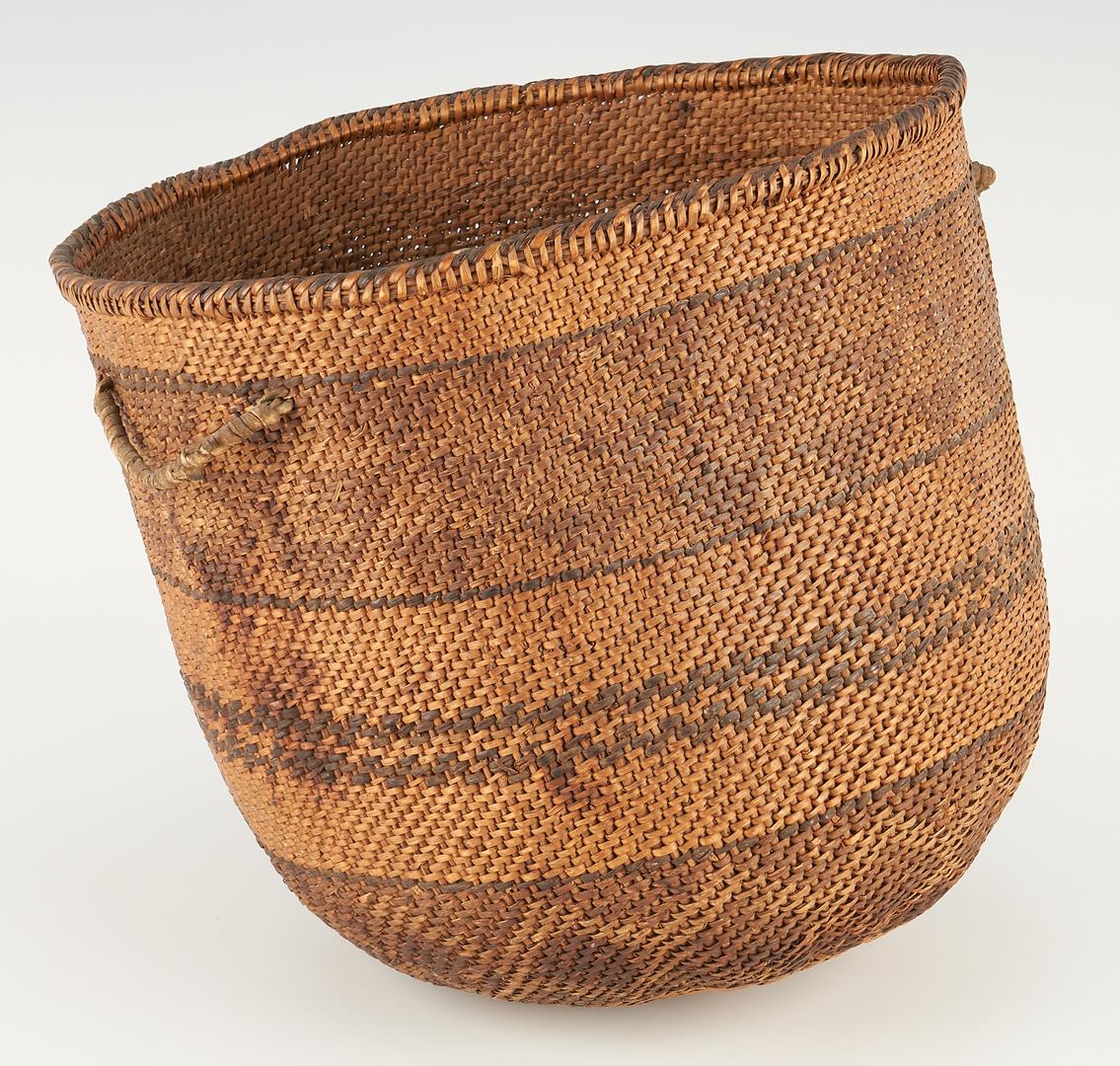 Lot 1099: California or Pacific Northwest Native American Storage Basket