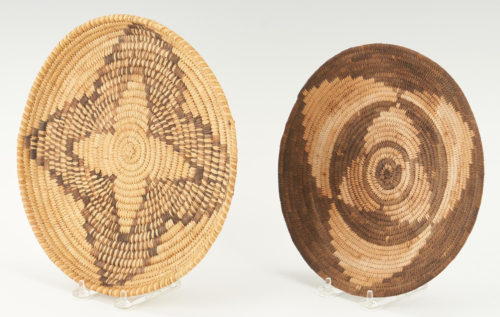 Lot 1104: 6 Native American Southwest Baskets