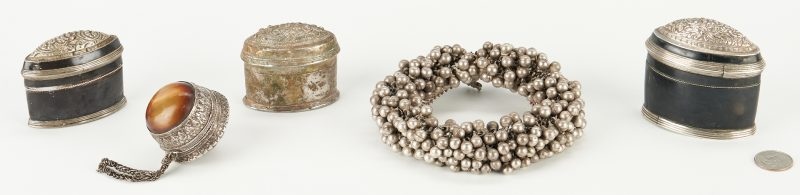 Lot 1201: 5 Burmese Silver Items, incl. Anklet & Boxes