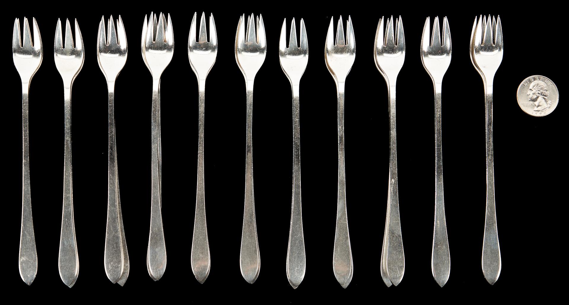 Lot 1222: 22 Tiffany Fanueil Pattern Sterling Cocktail Forks