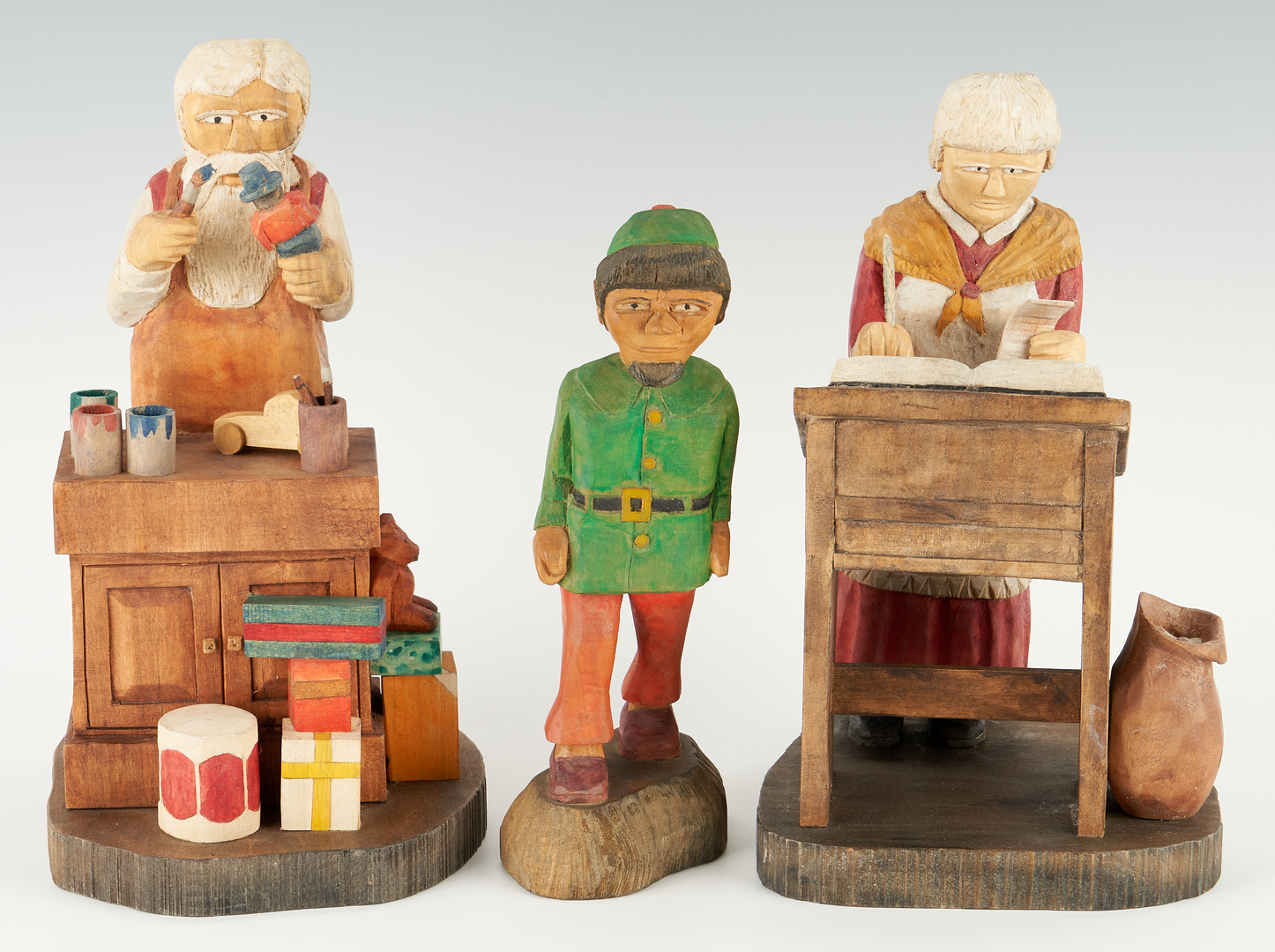 Lot 217: 3 Roy Pace Folk Art Carvings, Santa's Workshop