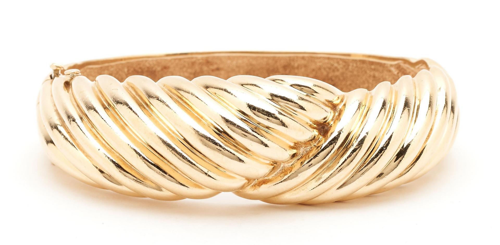 Lot 254: Dankner 14K Swirl Bangle Bracelet