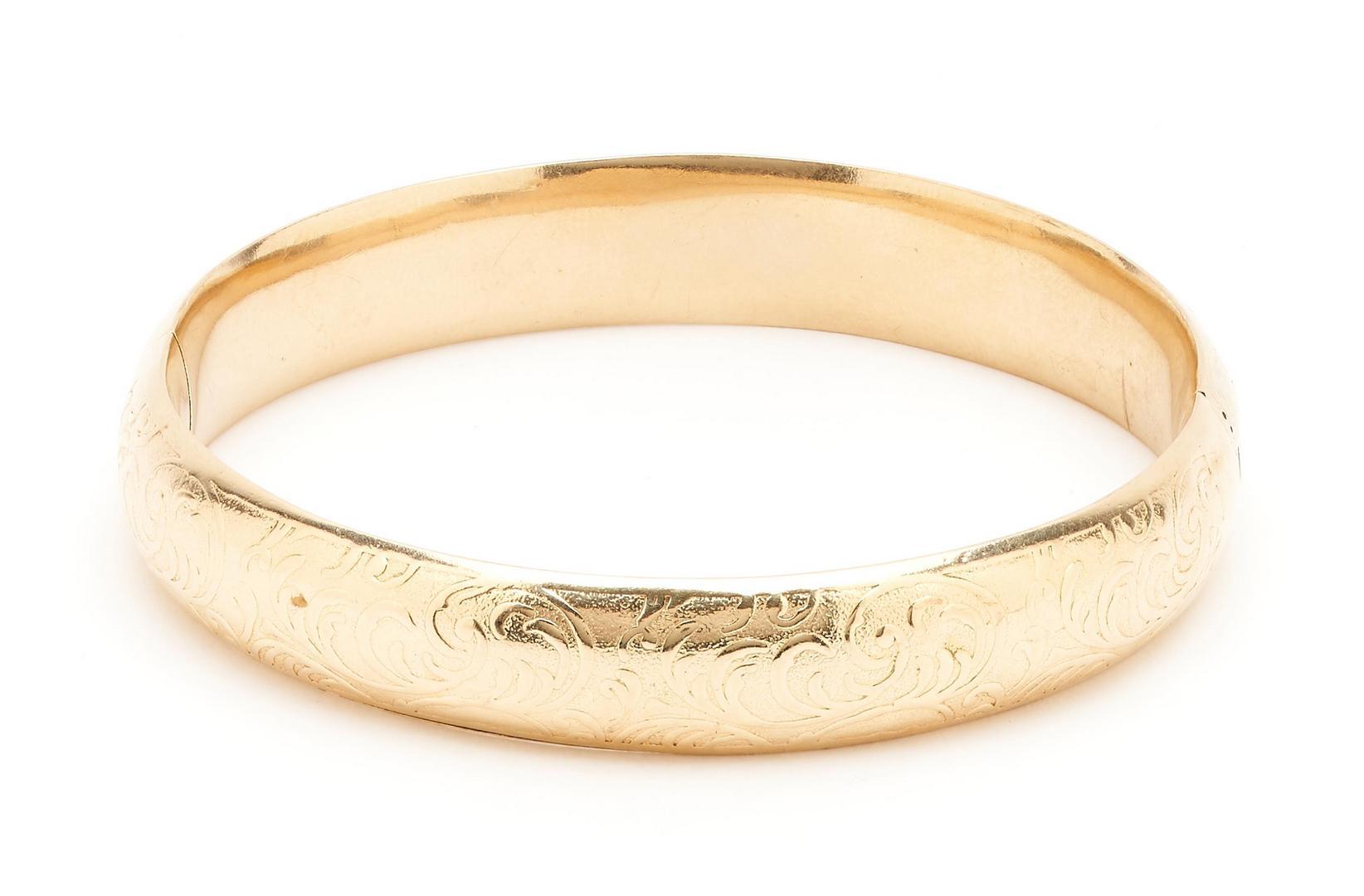 Lot 271: 14K Bangle Bracelet & 18K Hieroglyphic Pendant, 2 items