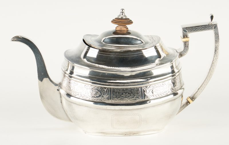 Lot 289: Early 19th Century English Sterling Teapot, London