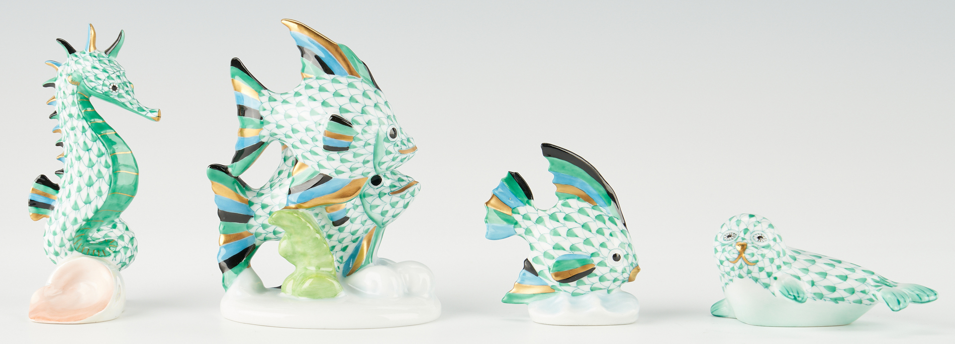 Lot 339: 8 Herend Ocean Animal Figurines, incl. Sea Lion