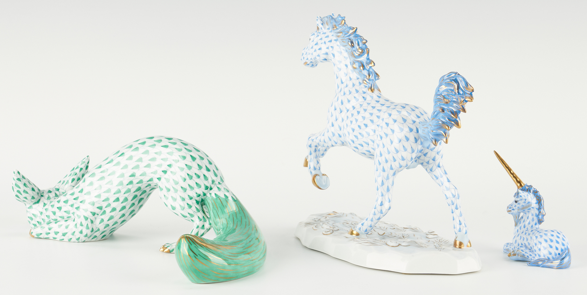 Lot 340: 3 Herend Figurines, incl. Kingdom Classic Stallion, Fox, Unicorn