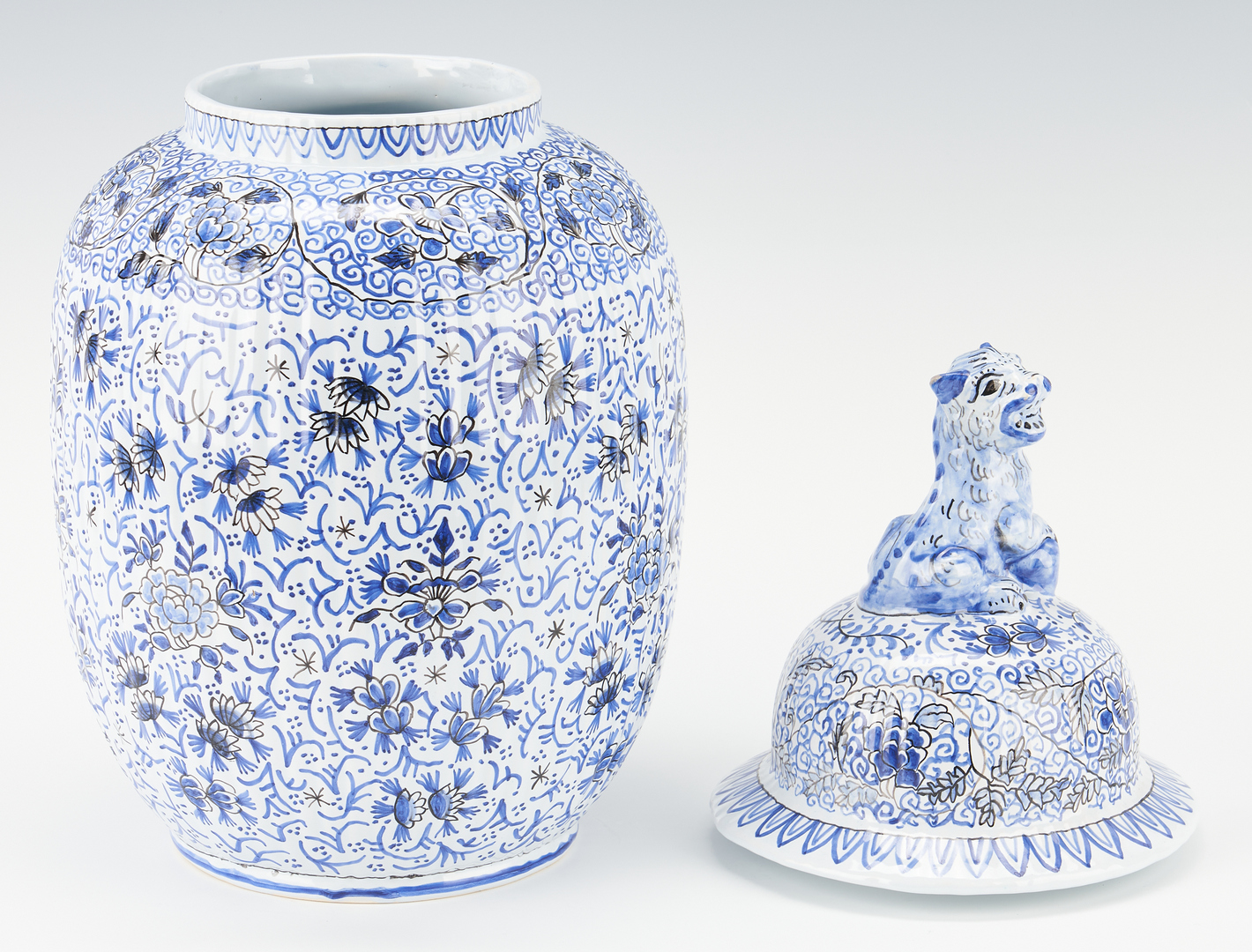 Lot 347: 2 Chinese Style Porcelain Vases, Cartier and Tiffany