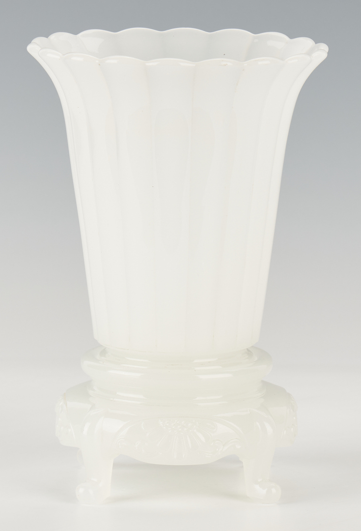 Lot 415: Chinese White Peking Glass Vase on Footed Stand