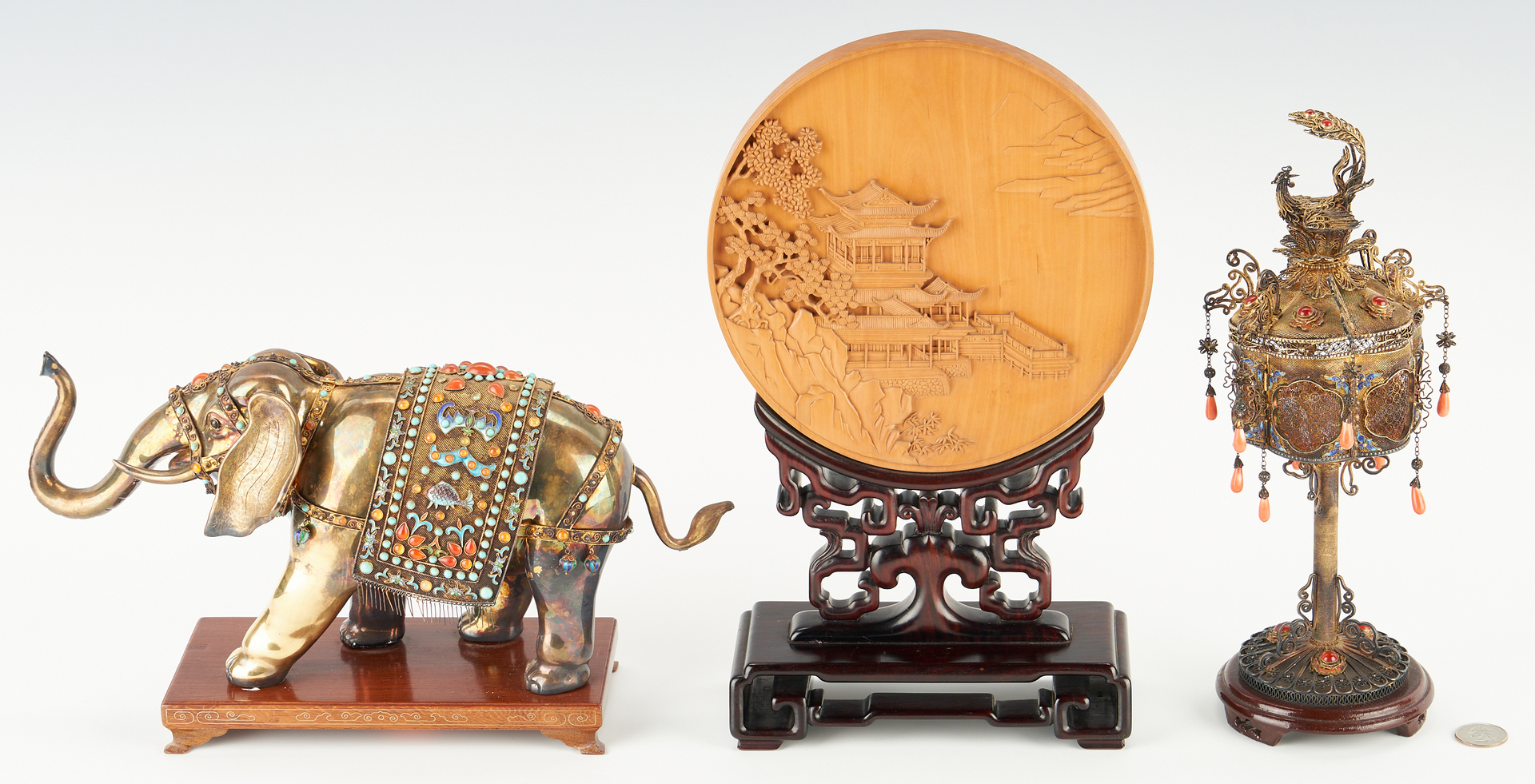 Lot 416: 8 Chinese 1982 World's Fair Exhibition Items