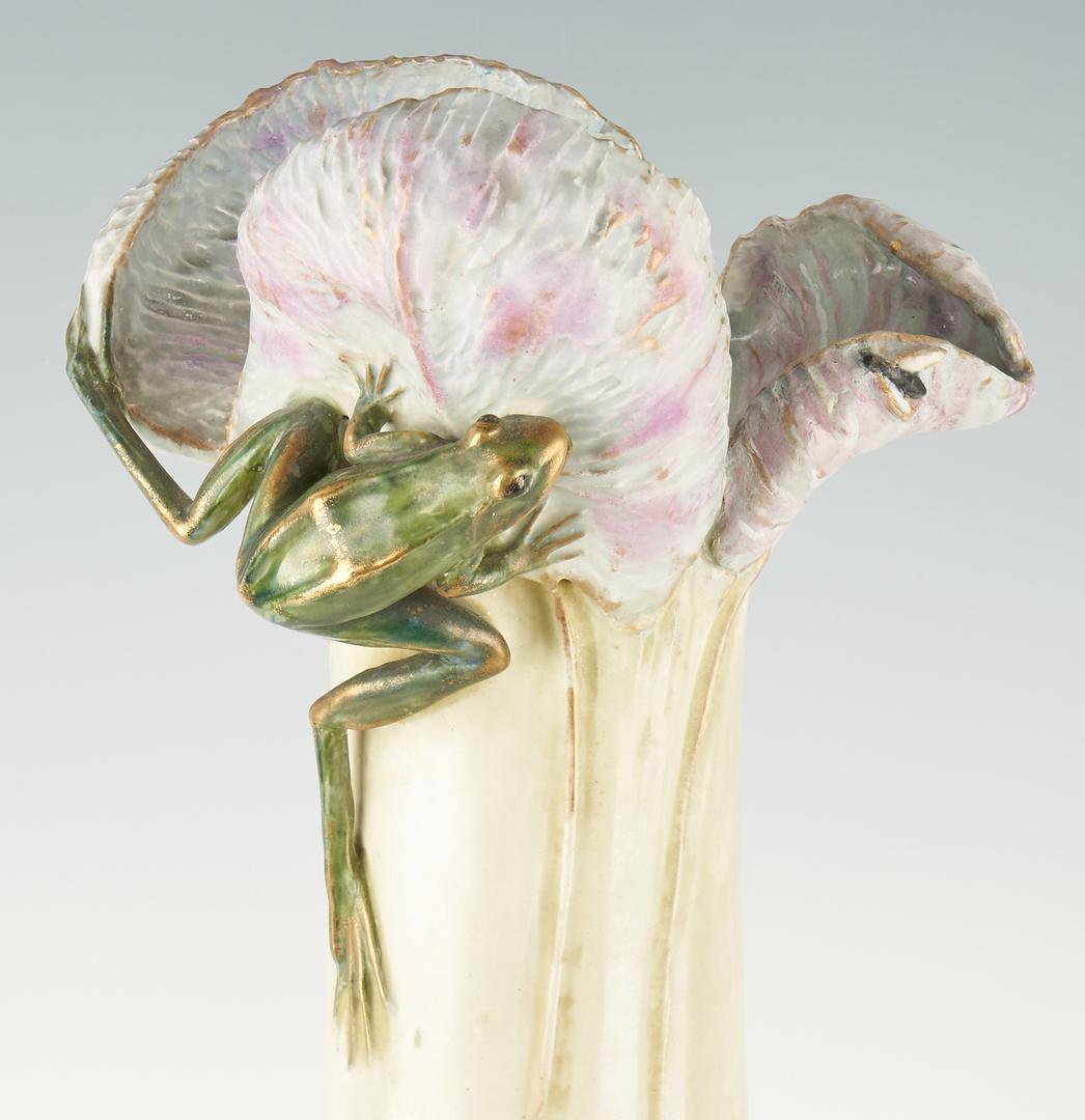 Lot 517: Eduard Stellmacher Amphora Teplitz Frog Vase
