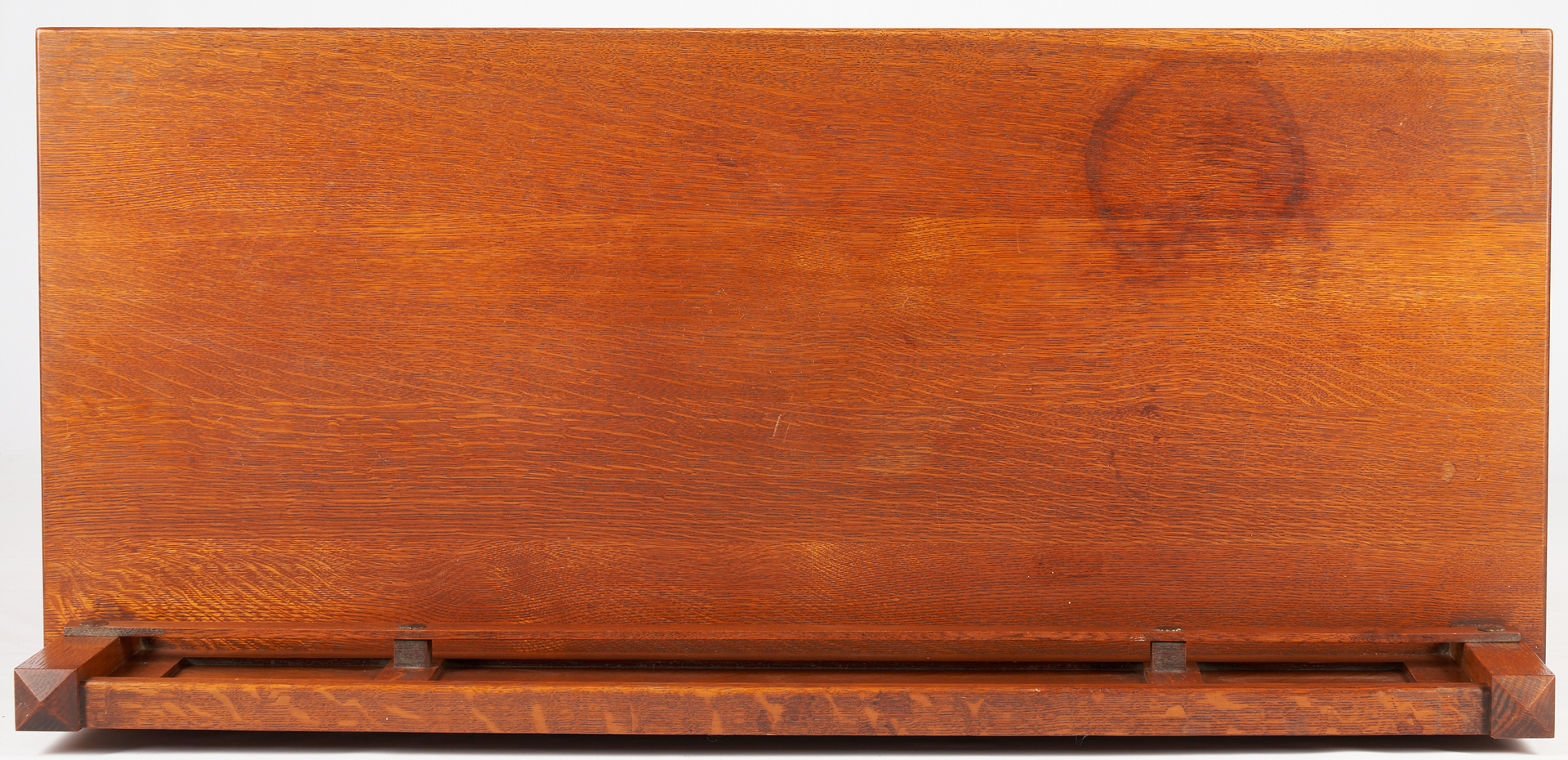 Lot 531: Stickley Brothers Arts & Crafts Oak Sideboard