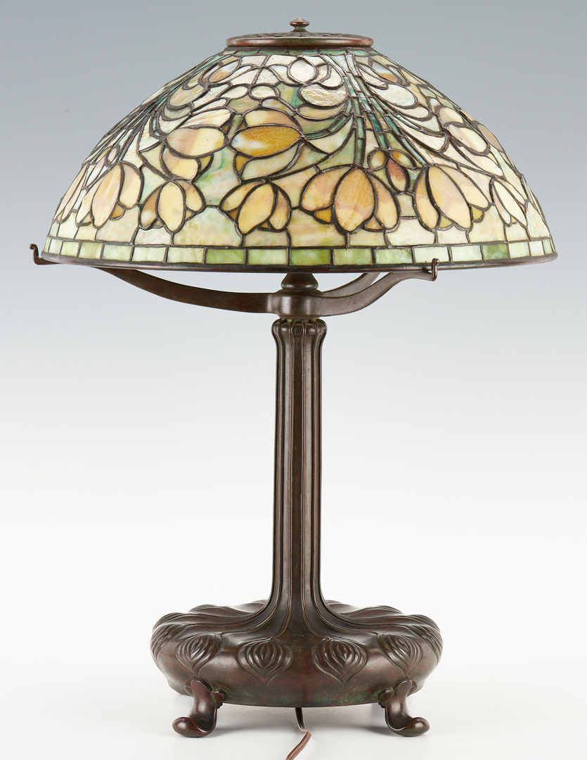Lot 539: Tiffany Studios Table Lamp, Crocus Shade