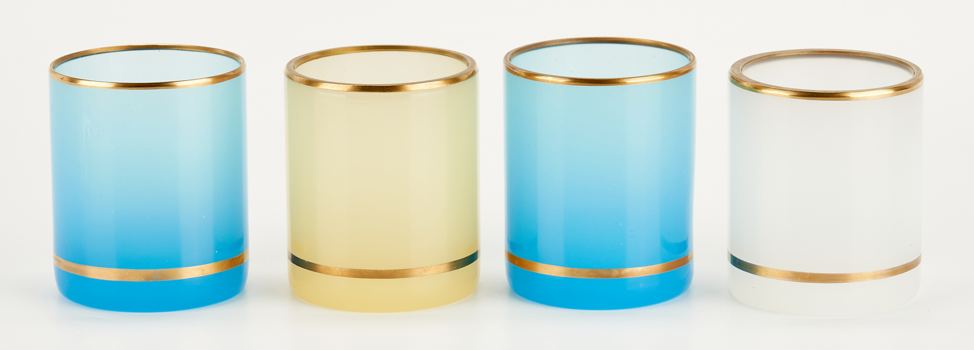 Lot 549: 18 Italian Murano Opaque Glass Table Accessories