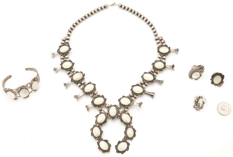 Lot 648: 5 Native American Mother of Pearl Jewelry Items