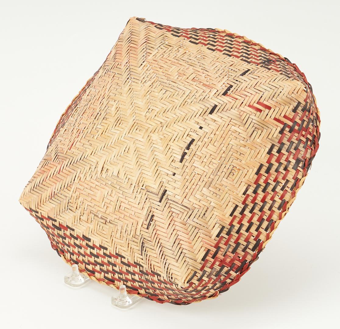 Lot 658: Native American Chitimacha Flat Basket or Tray